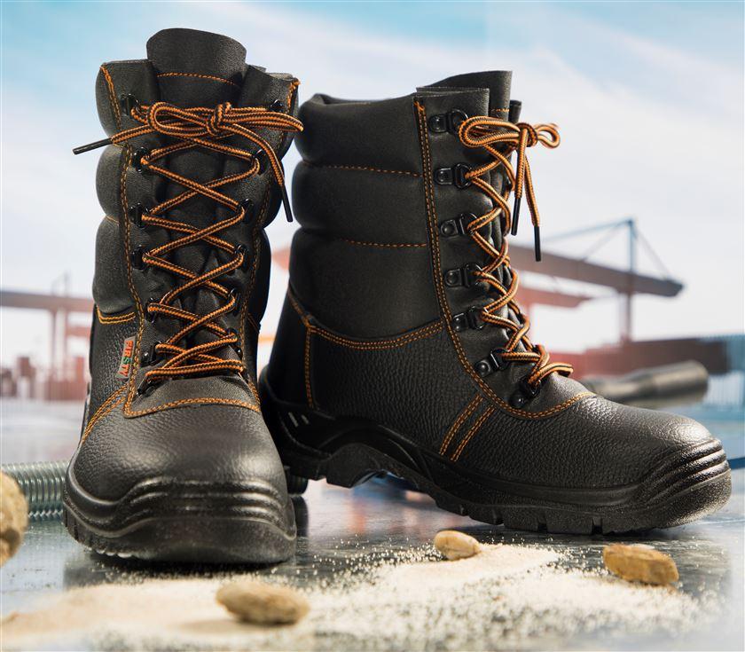 Bezpečnostná zateplená poloholeňová obuv FIRSTY FIRWIN LB S3 WINTER 4c1022a5b31